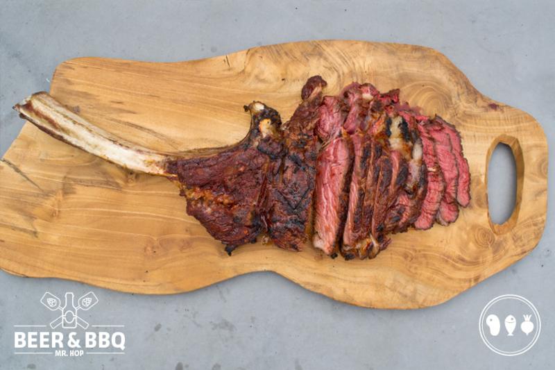Tomahawk Steak op de BBQ